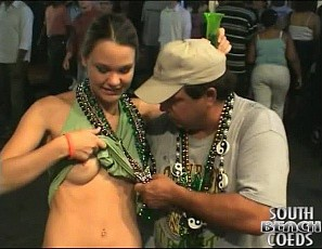 content/112412_girls_flashing_their_tits_and_pussies_at_mardi_gras/1.jpg